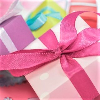 Custom Gifts & Gift Cards
